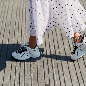 How to style Summer dresses with sneakers