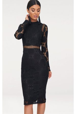 PRETTYLITTLETHING Caris Long Sleeve Lace Bodycon Dress