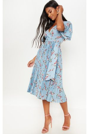 PRETTYLITTLETHING Dusty Floral Pleated Midi Dress