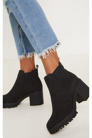 PRETTYLITTLETHING Women Chelsea Boots - Chunky Chelsea Boot