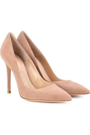 Gianvito Rossi Women Heels - Gianvito 105 suede pumps