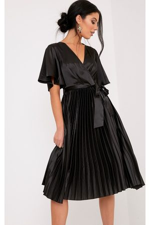 PRETTYLITTLETHING Mairee Satin Pleated Midi Dress