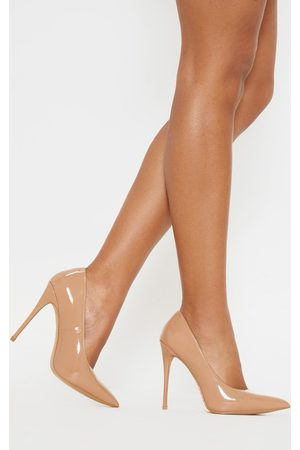 PRETTYLITTLETHING Mid Nude Court Shoe
