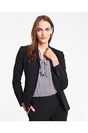 ANN TAYLOR The Petite Long Two-Button Blazer in Seasonless Stretch Size 00 Women's