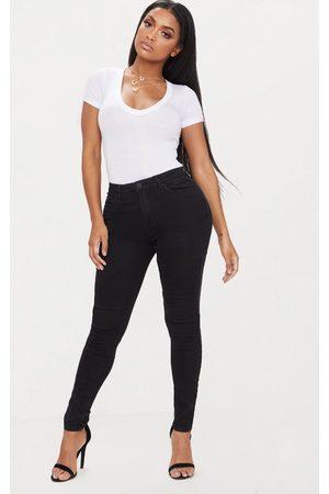 PRETTYLITTLETHING Shape Stretch Denim Skinny Jeans
