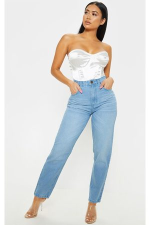 PRETTYLITTLETHING Petite Light Wash Straight Leg Jeans