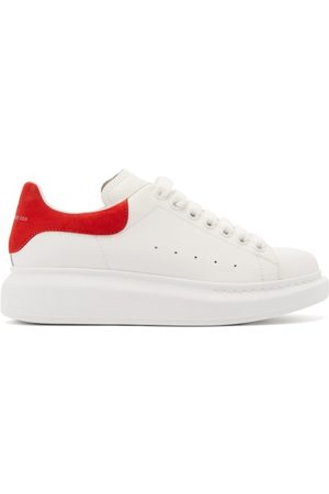 Alexander McQueen Raised-sole Low-top Leather Trainers - Womens