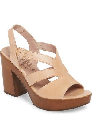 Wonders Women's V-Strap Platform Sandal