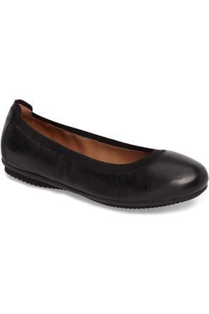 Josef Seibel Women Flat Shoes - Women's Pippa 33 Flat