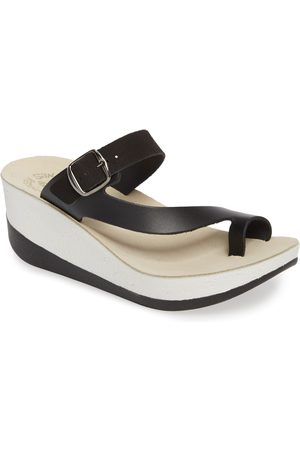 Fantasy Women's Felisa Wedge Sandal