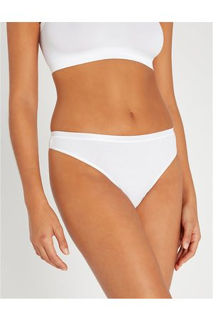Hanro Seamless stretch-cotton thong