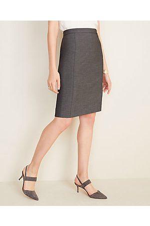 ANN TAYLOR The Pencil Skirt in Grey Bi-Stretch