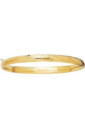 SuperJeweler 14K (3.30 g) 5.5mm 5.50 Inch Children's Shiny Diamond Cut Florentine Bangle Bracelet by