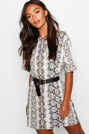 Boohoo Womens Petite Snake Print Oversized T-Shirt Dress - - 2