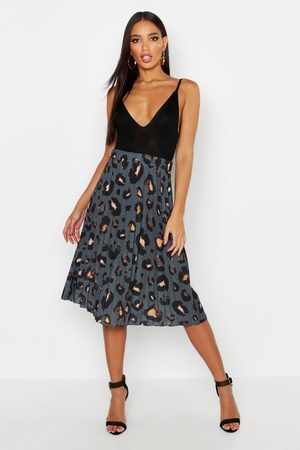Boohoo Women Printed Skirts - Womens Pleated Leopard Print Midi Skirt - - 6