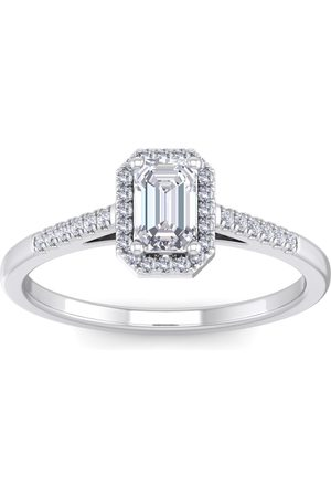 SuperJeweler 3/4 Carat Emerald Cut Halo Diamond Engagement Ring in 14K (2.70 g)