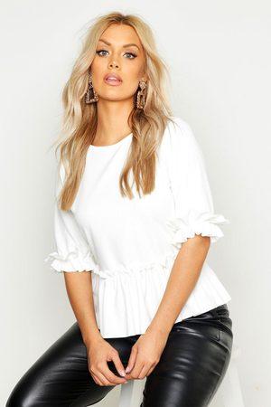 Boohoo Women Camisoles - Womens Plus Ruffle Sleeve And Hem Peplum Top - - 18