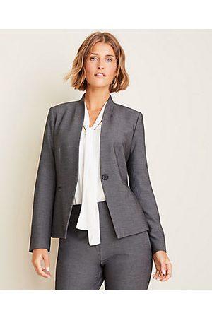 ANN TAYLOR The Petite Cutaway Blazer in Grey Bi-Stretch