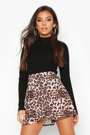 Boohoo Womens Leopard Flippy Shorts - - 8