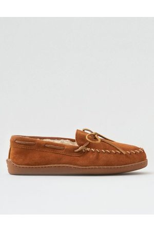 American Eagle Outfitters Minnetonka Moccasin Slipper Men's 8