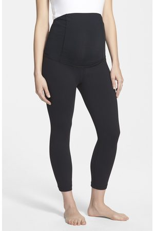 Ingrid & Isabel Women's Ingrid & Isabel Active Maternity Capri Pants With Crossover Panel
