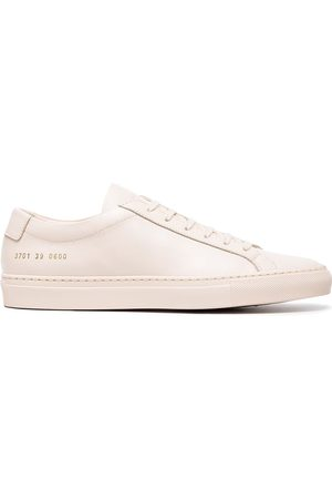COMMON PROJECTS Nude Achilles leather sneakers - Neutrals