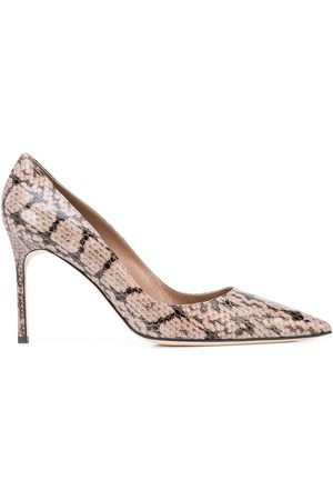 Manolo Blahnik Lisa pointed-toe pumps