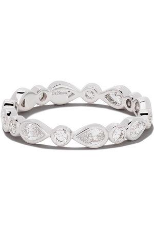 De Beers Jewellers 18kt Petal diamond band