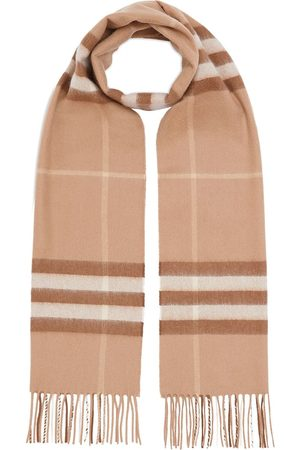 Burberry The Classic Check Cashmere Scarf - MID CAMEL