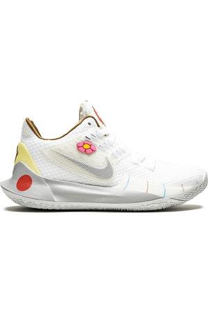 Nike Kyrie Low 2 sneakers