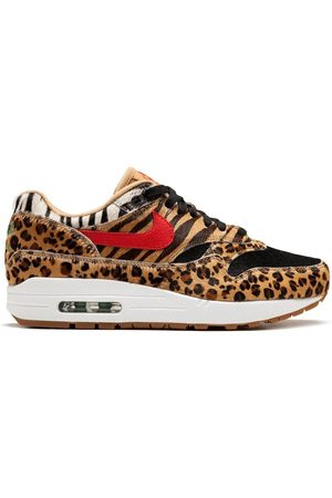 Nike Sneakers - Air Max 1 DLX sneakers - Neutrals