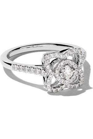 De Beers Jewellers 18kt Enchanted Lotus diamond ring