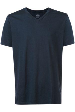 Save Khaki United Men Short Sleeve - V-neck short sleeve T-shirt