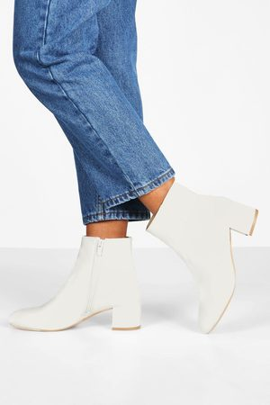 Boohoo Womens Basic Block Heel Shoe Boots - - 5