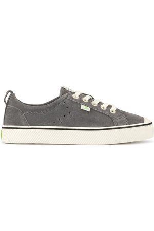 CARIUMA OCA low stripe charcoal grey suede sneakers