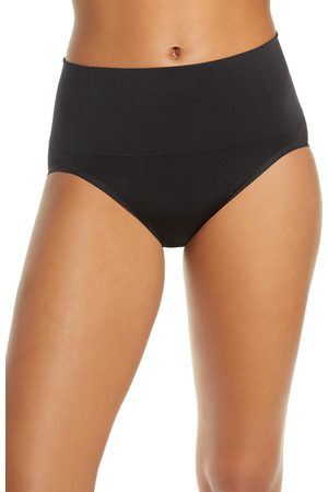 Wacoal Women's Smooth Series(TM) Shaping Briefs