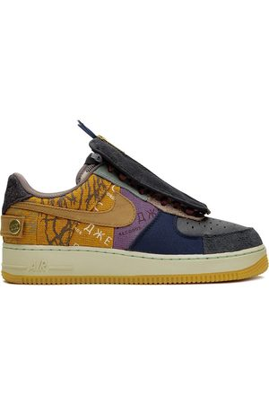 Nike Sneakers - X Travis Scott Air Force 1 Low 'Cactus Jack' sneakers - Multicolour