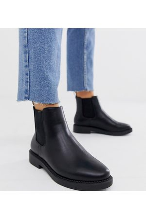 ASOS Wide Fit Auto chunky chelsea boots in black