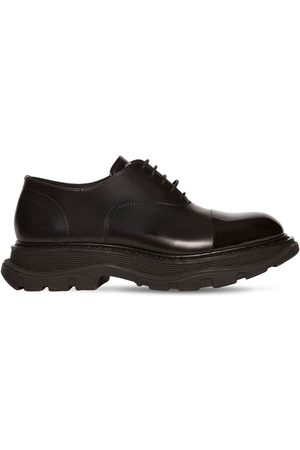 Alexander McQueen Leather Lace-up Shoes W/enamel Detail