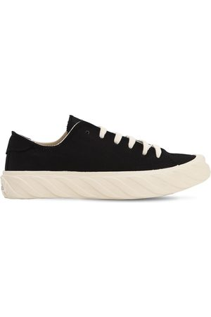 AGE - ACROSS TO GENUINE ERA Age Cut Cotton Canvas Sneakers
