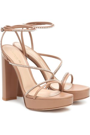 Gianvito Rossi Leather plateau sandals