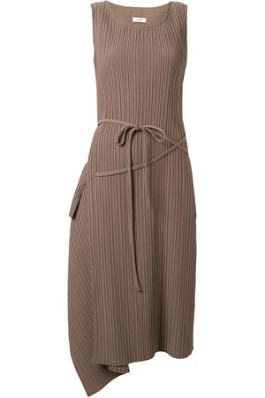 GOEN.J Asymmetric drape shift dress