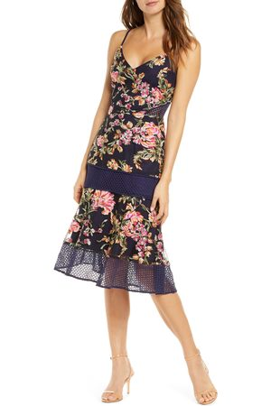 Adelyn Rae Women's Kaylea Sleeveless Embroidered Lace Trim Dress