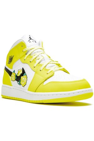 Nike TEEN Air Jordan 1 Mid GS dynamic