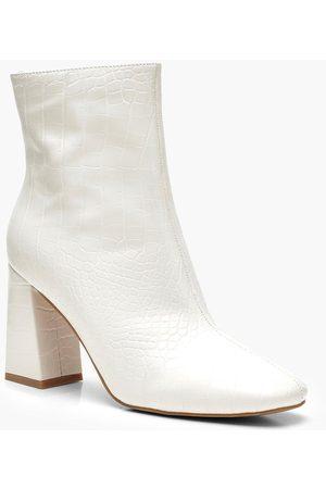 Boohoo Womens Croc Block Heel Shoe Boots - 5