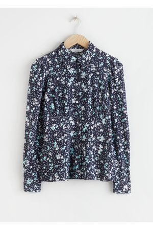 & OTHER STORIES Floral Crepe Fitted Blouse