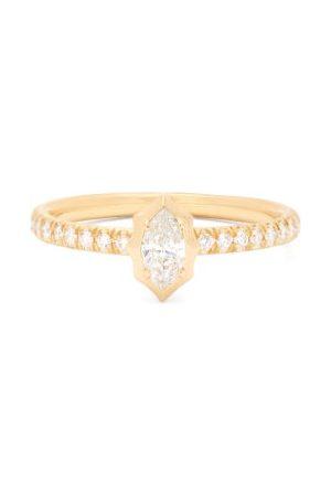 Jade Trau Maverick Solitaire Diamond & 18kt Ring - Womens