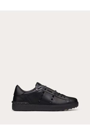 VALENTINO GARAVANI Rockstud Untitled Tone-on-tone Studded Sneaker Man 100% Pelle Di Vitello - Bos Taurus 40