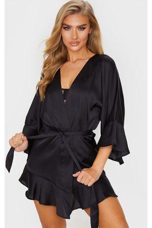 PRETTYLITTLETHING Frill Sleeve Satin Robe