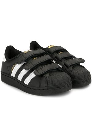 adidas Superstar low-top sneakers